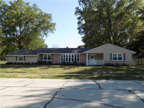 Property for sale at 542 Wildbrook Drive, Bay Village,  Ohio 44140