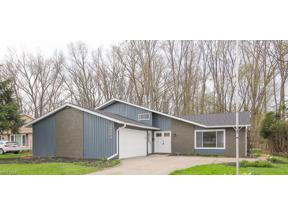 Property for sale at 28004 Southern Avenue, North Olmsted,  Ohio 44070