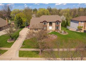 Property for sale at 6770 Queens Way, North Royalton,  Ohio 44133