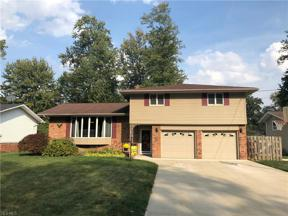 Property for sale at 4959 Hampton Drive, North Olmsted,  Ohio 44070