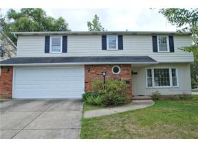 Property for sale at 4644 W Farnhurst Road, South Euclid,  Ohio 44121