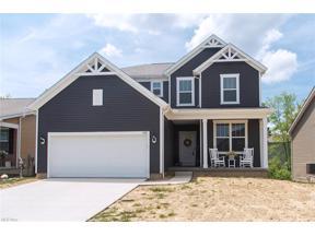 Property for sale at 1632 Cobham Lane, Wadsworth,  Ohio 44281