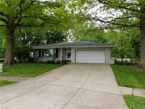 Property for sale at 7260 Barton Circle, Parma,  Ohio 44129