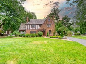 Property for sale at 12555 Lake Avenue, Lakewood,  Ohio 44107