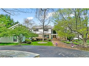 Property for sale at 15 Cableknoll Lane, Moreland Hills,  Ohio 44022