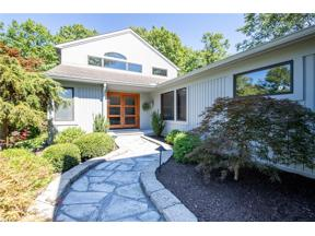 Property for sale at 20 Glenridge Court, Bentleyville,  Ohio 44022