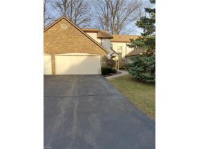 Property for sale at 5607 Gateway Lane 104, Brook Park,  Ohio 44142