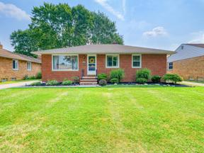 Property for sale at 7083 Maplewood Road, Parma Heights,  Ohio 44130