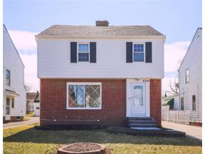 Property for sale at 4026 Stilmore Road, South Euclid,  Ohio 44121