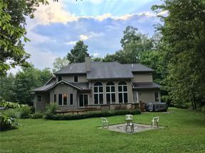 Property for sale at 16745 Victoria Drive, Chagrin Falls,  Ohio 44023