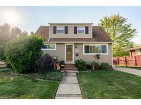 Property for sale at 5722 Pemberton Drive, Brook Park,  Ohio 44142