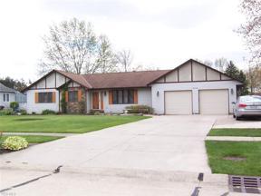 Property for sale at 5412 Pin Oak Circle, Sheffield Village,  Ohio 44054