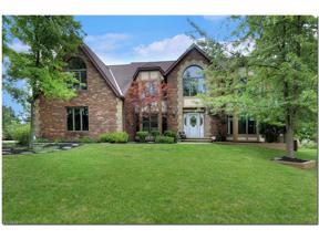 Property for sale at 6713 Drawbridge Circle, North Royalton,  Ohio 44133