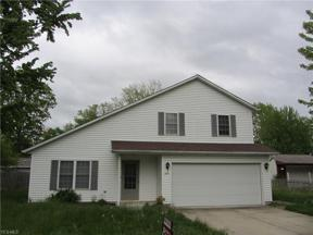 Property for sale at 737 Hollywood Avenue, Sheffield Lake,  Ohio 44054