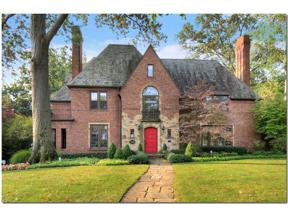 Property for sale at 18208 Shelburne Road, Shaker Heights,  Ohio 44118