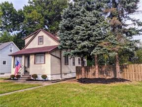 Property for sale at 1573 Roselawn Road, Mayfield Heights,  Ohio 44124