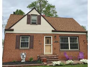 Property for sale at 1349 Washington Boulevard, Mayfield Heights,  Ohio 44124