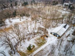 Property for sale at 7610 Lewis Road, Olmsted Township,  Ohio 44138