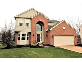 Property for sale at 9704 Sunray Drive, Olmsted Township,  Ohio 44138