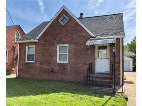 Property for sale at 1539 Winchester Road, Lyndhurst,  Ohio 44124