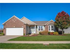 Property for sale at 38404 Kingsbury Drive, North Ridgeville,  Ohio 44039