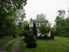 Property for sale at 3652 E Lake Road, Sheffield Lake,  Ohio 44054