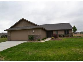 Property for sale at 33007 Meadows Edge Lane, North Ridgeville,  Ohio 44039
