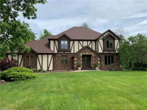 Property for sale at 2293 Brook Haven Lane, Hinckley,  Ohio 44233