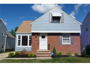 Property for sale at 4217 Stonehaven Road, South Euclid,  Ohio 44121