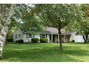 Property for sale at 20 Glenhurst Drive, Oberlin,  Ohio 44074