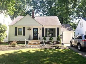 Property for sale at 5172 Lynd Avenue, Lyndhurst,  Ohio 44124