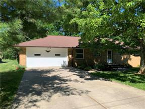 Property for sale at 7106 Oak Lane, Seven Hills,  Ohio 44131