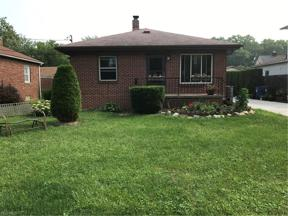 Property for sale at 5228 Edgewater Drive, Sheffield Lake,  Ohio 44054