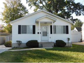 Property for sale at 1560 Multnoma Avenue, Akron,  Ohio 44305