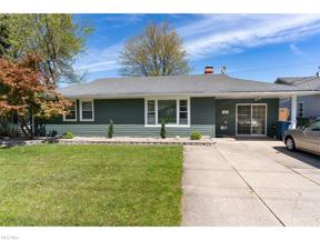 Property for sale at 9300 W Ridgewood Drive, Parma Heights,  Ohio 44130