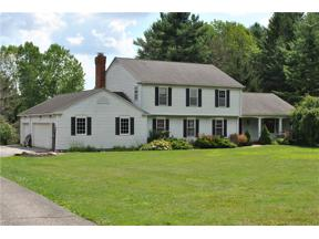 Property for sale at 13585 Fox Den E, Novelty,  Ohio 44072