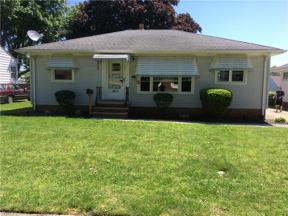 Property for sale at 6475 Anita Drive, Parma Heights,  Ohio 44130