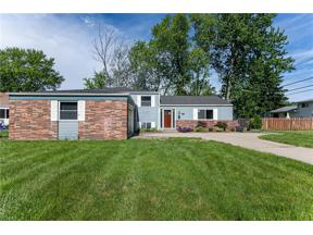Property for sale at 6528 Louann Drive, North Olmsted,  Ohio 44070