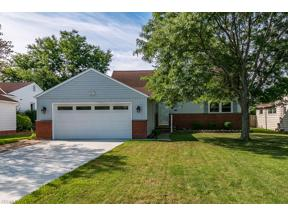 Property for sale at 4996 Emmet Road, Lyndhurst,  Ohio 44124