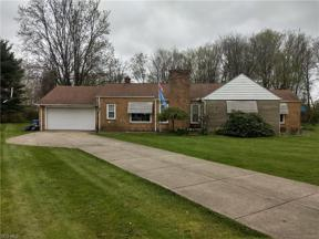 Property for sale at 21593 Riviera Drive, Fairview Park,  Ohio 44126
