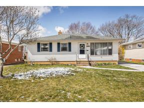 Property for sale at 3830 Circlewood Drive, Fairview Park,  Ohio 44126