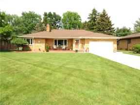 Property for sale at 14160 Uhlin Drive, Middleburg Heights,  Ohio 44130