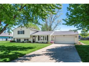 Property for sale at 4211 Berkeley Drive, Sheffield Village,  Ohio 44054