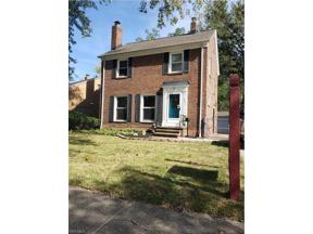 Property for sale at 6021 Maplecliff Drive, Parma Heights,  Ohio 44130