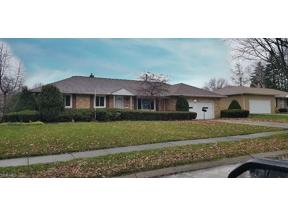 Property for sale at 4983 Hartley Drive, Lyndhurst,  Ohio 44124