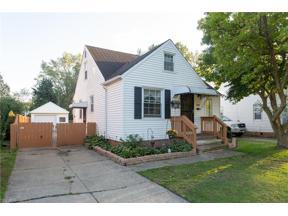 Property for sale at 4334 Bluestone Road, South Euclid,  Ohio 44121
