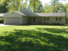 Property for sale at 4562 Lansing Drive, North Olmsted,  Ohio 44070