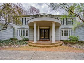 Property for sale at 16535 Heatherwood Lane, Chagrin Falls,  Ohio 44023