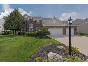 Property for sale at 27195 Lynde Drive, Olmsted Township,  Ohio 44138