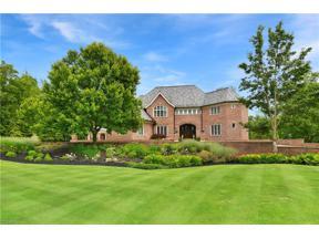 Property for sale at 435 Berwick Circle, Aurora,  Ohio 44202